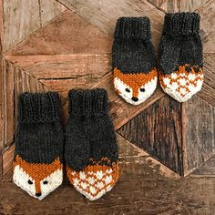 Fox mittens Ravelry: Fox mittens pattern by Eva Norum Olsen History of Knitting Yarn spinning, weaving and sewing jobs such as BC. Knitted Mittens Pattern, Knit Mittens, Baby Knitting Patterns, Knitted Hats, Hat Patterns, Stitch Patterns, Knitting For Kids, Knitting Projects, Hand Knitting