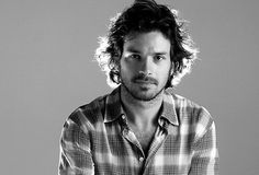 santiago-cabrera-photo-7