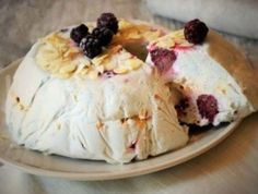 Tort Sticla sparta – Savoare si Bun Gust Camembert Cheese, Mashed Potatoes, Pudding, Ethnic Recipes, Desserts, Food, Cakes, Sweet Treats, Meal