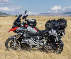 Moto : Illustration Bmw Adventure Bike, Gs 1200 Adventure, Side Car, Inspirations Magazine, Bmw Motorcycles, Used Cars, Motorbikes, Gears, Classic Cars