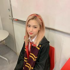 Read taurus's post from the story chòm sao] [Kim Ngưu Main] Eternity by taurinn (Taurinn) with 121 reads. South Korean Girls, Korean Girl Groups, Homo, Red Aesthetic, Aesthetic Clothes, Japan, New Girl, Pink Hair, Girl Crushes
