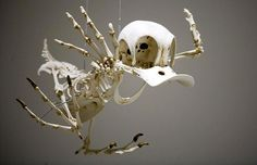 Cartoon Skeleton - FLIPPIN HILARIOUS.  I want one!