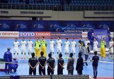 تساوی فوتسالیستهای ایران و قزاقستان در گام نخست  http://1vz.ir/145281  اولین دیدار تیمهای ملی فوتسال ایران و قزاقستان با نتیجه تساوی به پایان رسید.          به نقل از سایت رسمی فدراسیون فوتبال، تورنمنت چهار جانبه فوتسال به میزبانی تایلند از امروز (شنبه) آغاز شد که تیم ملی فوتسال کشورمان در اولین دیدار به مصاف قزاقستان رفت و این دیدار با نتیجه تساوی 3 - 3 به پایان رسید.   گلهای ایران را مهران عالیقدر، فرهاد توکلی و مهدی جاوید در دقایق 12، 13 و 25 بهثمر رساندند. در دومین دید..