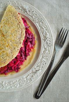 VeganSandra - tasty, cheap and easy vegan recipes by Sandra Vungi: Pancakes with crunchy and creamy beet salad