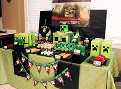 Minecraft party by Sweet Soirees of Chicago.
