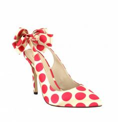 The cutest shoes by Menbur arrived at JJ Kelly Bridal today! Also available with black polka dots.