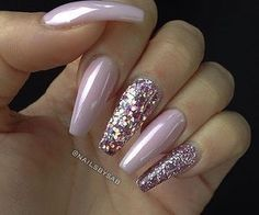 coffin nail art 2017 | inspiration | glitter | pink | acrylic | simple | sparkles