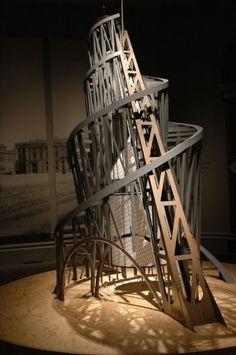 El revolucionario proyecto de la Torre Tatlin (1919) | arquitectura | La Aldea Irreductible