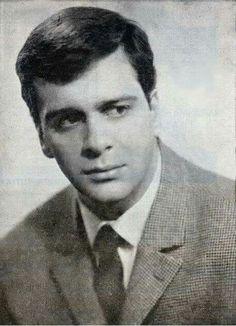 """Από το πρόγραμμα της παράστασης """"Λεωφορείον ο Πόθος"""" σε σκηνοθεσία Μήτσου Λυγίζου, θέατρο ΘΥΜΕΛΗ, Θεσσαλονίκη, χειμώνας του 1965. Κωστας Κακκαβας"""