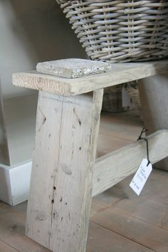 Pallet Ideas : Want to renew your house with wooden pallet furnishing? We are the right place for you. Just Click and get to know many pallet ideas.