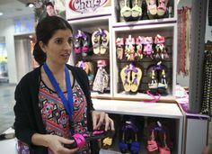 Lacerada economía impacta las ventas del Día de las Madres-...