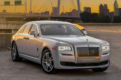 Front View Rolls-Royce Phantom Ghost