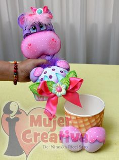 Dulcero o guarda accesorios hipo Foam Crafts, Diy And Crafts, Arts And Crafts, Clay Jar, Nature Crafts, Ceramic Clay, Diy Projects To Try, Happy Day, Baby Shower