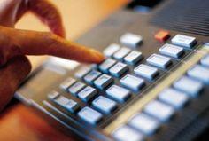 De snelst groeiende telecommunicatie dienstverlening sinds enige jaren is Zakelijke Telefonie. Zakelijke telefonie is goedkoop. Zakelijke telefonie is op VoIPContinue Reading