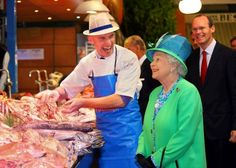 Cork fishmonger and Louis Walsh on Palace invite list as Queen recognises Irish in Britain Queen Photos, Queen Pictures, Hm The Queen, Save The Queen, Louis Walsh, Cork City, Royal Life, Queen Elizabeth Ii, Salmon Recipes