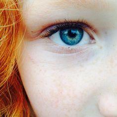 """""""Mi piace"""": 51, commenti: 4 - @bella_tollefson14 su Instagram: """"My blue eyes!! 👁👁👁💙💙💙💙 #blueeyes"""""""