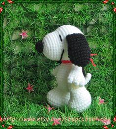 Snoopy 5 inches  PDF amigurumi crochet pattern by Chonticha, $5.00