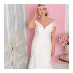 """59388c18311c CocoMio Bridal Boutique on Instagram: """"Today we are announcing our  beautiful curvy collection by @white_rose_bridal which will be launched in  December."""