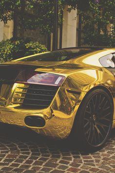 #Audi #R8 #AudiR8 #gold #golden #oro #color #dream #sport #luxury #cars