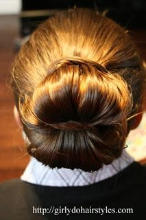 Girly Dos By Jenn: Princess or Prom- This one will work for both...Fancy Bun