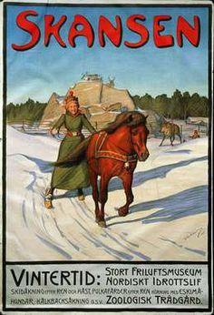 Skansens första konstnärliga affisch gjord av Gustaf Ankarcrona, februari 1901. Skansen vintertid. Kvinna åker skidor efter häst.