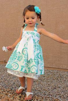 Vestido coser tutorial chica niño PDF ropa Vestido Bowtie Halter descarga instantánea