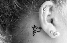 tatuagem atrás da orelha 7