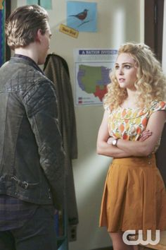 The Carrie Diaries - love her outfit!