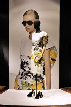 Great use of large scale imagery and Warhol photographic techniques.     DRIES VAN NOTEN: Het Modepaleis - Spring Summer 2012 Windows    #retail #window #display