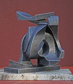 What Goes Around Comes Around, a abstract sculpture by Richard Arfsten