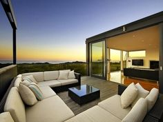 What's the secret to a good-looking and functional outdoor area design? Read our tips and outdoor living ideas to help create your dream outdoor area. Outdoor Lounge, Outdoor Areas, Outdoor Rooms, Outdoor Living, Outdoor Furniture, Outdoor Decor, U Shaped Couch, House Design Photos, Australian Homes