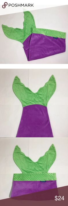 """Mermaid Blanket Blankie Tails Green Purple Brand Girls kids Blankie Tails purple and green mermaid tail blanket! Feet go in the tail!! Perfect for a cozy night!! 58"""" top to tail tip. Excellent condition no flaws Blankie Tails Costumes"""