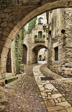 spain travel Pals, localizada na Costa Brava, Provncia de Girona, Catalunha, Espanha. Places Around The World, Oh The Places You'll Go, Places To Travel, Places To Visit, Around The Worlds, Travel Destinations, Travel Tips, Africa Destinations, Travel Stuff