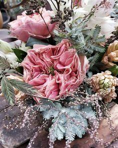 Torsdags blommor, behövs alltid. Godmorgon. ❥