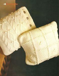 Next project knitting Knit Pillow, Knitted Pillows, Crochet Blankets, Backrest Pillow, Knit Patterns, Homemade Gifts, Merino Wool Blanket, Fingerless Gloves, Arm Warmers