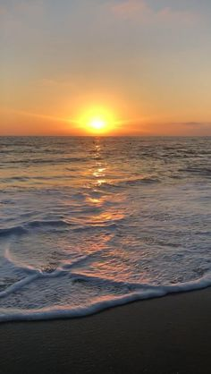 Beach Sunset Beach Sunset Beautiful Places Sunset Beautiful Best Picture For Nature Photography travel For Your Taste You are looking Beautiful Beach Pictures, Beautiful Sunset, Beautiful Beaches, Beach Sunset Pictures, Applis Photo, Ocean Wallpaper, Beach Sunset Wallpaper, Beach Aesthetic, Sunset Beach