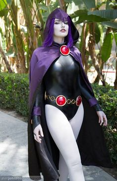 /r/cosplay: for photos, how-tos, tutorials, etc. Cosplayers (Amateur and Professional) and cosplay fans welcome. Teen Titans Cosplay, Dc Cosplay, Cosplay Outfits, Best Cosplay, Cosplay Girls, Teen Titans Raven, Teen Titans Go, Cool Costumes, Halloween Costumes