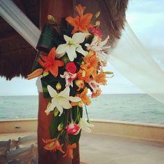 Tropical flower gazebo decoration at dreams puerto Aventuras