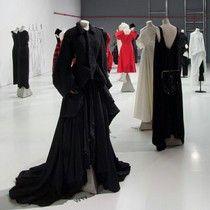 Yohji Yamamoto instalación en la Galería 38