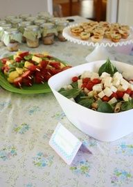 pasta salad, fruit-on-a-stick, mini quiches, and something in mason jars. my kind of spread! Baby Shower Pasta, Baby Shower Food Menu, Mini Quiches, Comida Para Baby Shower, Ambrosia Recipe, Really Cute Babies, Healthy Fruit Smoothies, Fruit Salad, Fruit Kabobs
