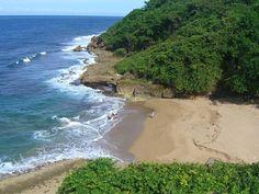 Vista de Puerto Hermina en Quebradillas