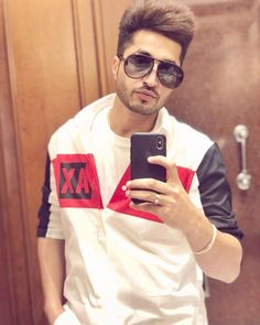 Jassi Gill Hairstyle, Cute Boy Photo, Muslim Love Quotes, Swag Boys, Cool Hairstyles For Men, Photography Poses For Men, Famous Singers, Boy Photos, Celebs