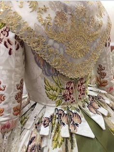 Historical Costume, Historical Clothing, Old School Fashion, Civil War Dress, Period Outfit, Romantic Look, Modern Fabric, Traditional Outfits, Liberty