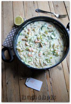 One pot pasta aux crevettes et aux courgettes - La main à la pâte