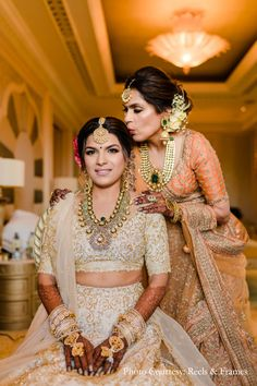 Indian Wedding Outfits, Bridal Outfits, Sikh Wedding, Wedding Lehanga, Indian Weddings, Wedding Poses, Wedding Couples, Bridal Dresses, Mother Of Bride Outfits