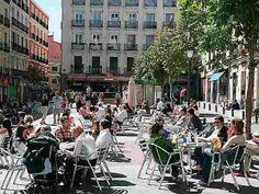 El barrio de #Chueca: un clásico del #Madrid antiguo. Terrazas