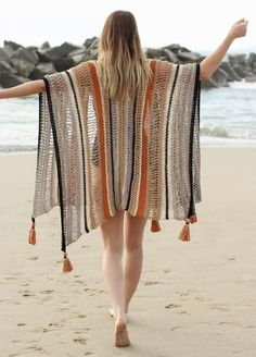 Knit Kit Cotton Cardigans Deserted Island Ruana The Effective Pictures We Offer You About crochet stitches A quality picture can tell you many things. Knitting Kits, Knitting Patterns, Crochet Patterns, Mode Hippie, Ethno Style, Blue And Copper, Yarn Ball, Crochet Poncho, Cotton Cardigan
