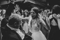 Die vielen verschiedenen Gesichter der FREUDE. #joy #pleasure #glee #joice #gladness #delight #weddingday #partypeople @binescalet… Party, People, Couple Photos, Concert, Couples, Instagram, Faces, Glee, Celebration