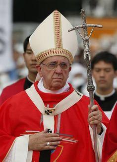 Pape François - Pope Francis - Papa Francesco - Papa Francisco : août 2014 – Voyage en Corée -beatification Mass of Paul Yun Ji-chung and 123 martyred companions in Seoul, South Korea