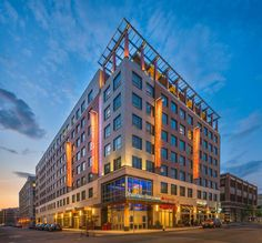 Residence Inn Boston Back Bay - Fenway Hotel - hotel pick for the marathon